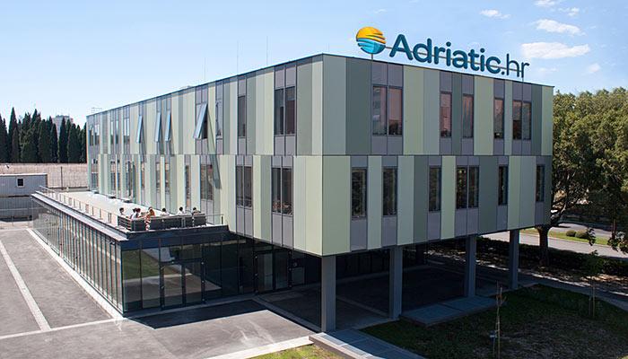 Budova cestovnej kancelária Adriatic.hr
